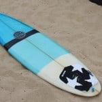 Comment mettre son grip sur une planche de surf