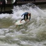 Surf à Munich sur l'Eisbach!