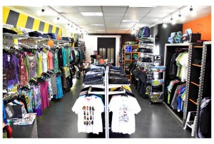 surf shop 300x202 La blague de lindustrie du surf