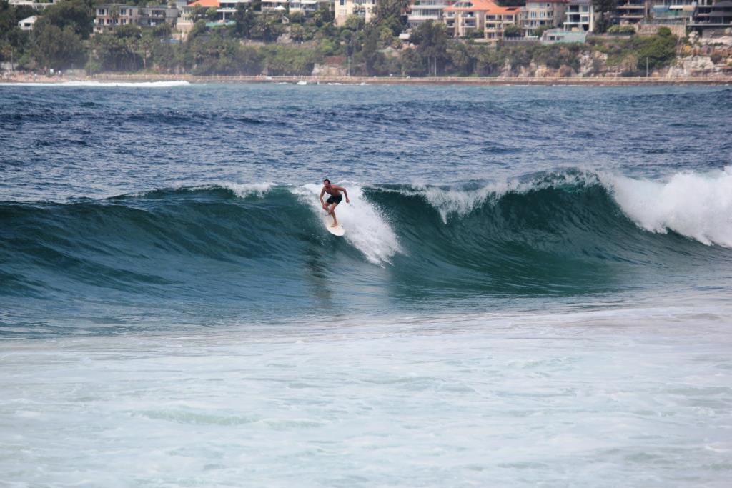 surf 2 metres